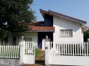 Casa en Urbanización As Mimosas, Chalet de Entidad Bancaria, nº 35