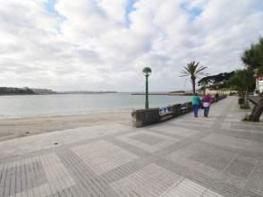 Piso en calle Santa Cristina, Primera Línea de Playa
