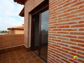 Casa pareada en Olías, Zona de - Olías del Rey