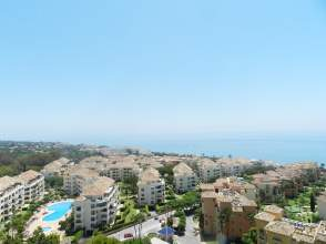 Estudio en Urbanización Marbella del Este, nº 11