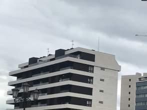 Piso en Oviedo  Montecerrao