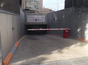 Garaje en calle Dr Layna Serrano