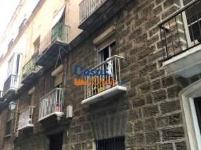 Piso en calle Ramón y Cajal