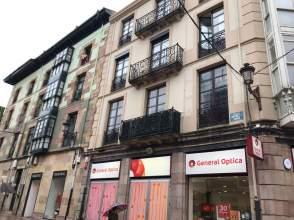 Apartamento en Plaza Mayor Serafin Escalante
