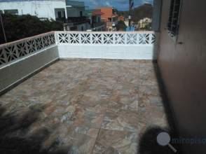 Casa en calle Juan Ramos, nº 25