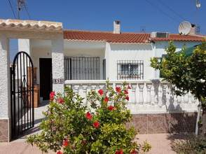 Casa en Travesía de Las Azucenas, nº 830
