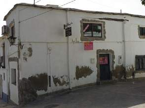Casa en calle Ferram Bela Ed Ruiz Esquina calle Hornillos (Antig, nº 22