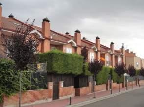 Chalet en Fuensaldaña