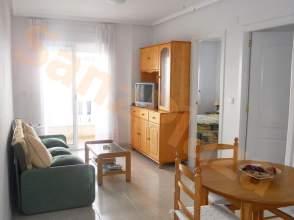 Apartamento en calle Almudena