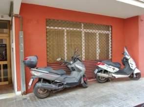 Local comercial en Avenida Montseny