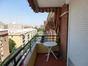 Piso en calle Castillo Alcala de Guadaira, nº 15