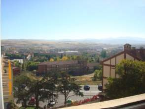 Piso en calle Batalla de Teruel, nº 10