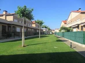 Dúplex en Urbanización Villa de Nafar