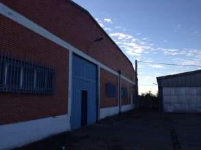 Nave industrial en Carretera del Cortijo