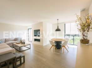 Flat in calle Maria Moliner, nº 2