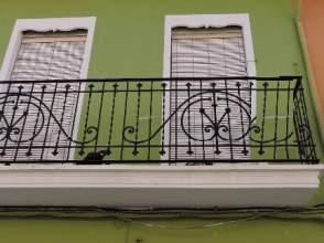 Casa adosada en calle Sant Pasqual