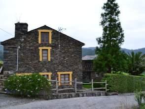 Casa rústica en calle Castrovaselle