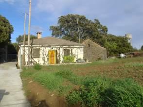 Casa rústica en calle La Corona