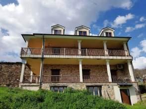 Casa rústica en Avenida Oencia, nº S/N
