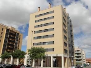Piso en calle María Dominguez