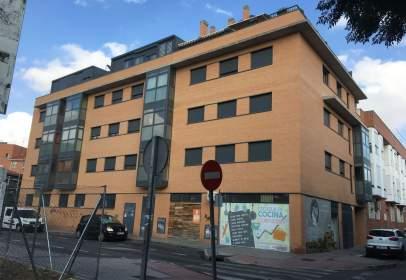 Apartament a calle de Tordesillas