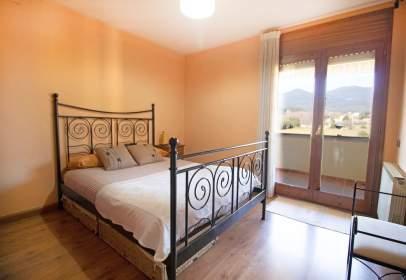 Apartament a Plaça del Montseny, 3