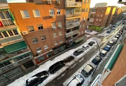 Apartament a calle de Badajoz