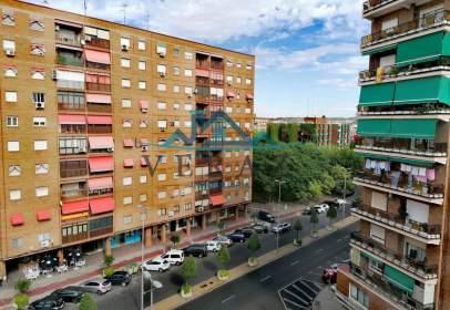 Pis a Avenida de Juan Carlos I