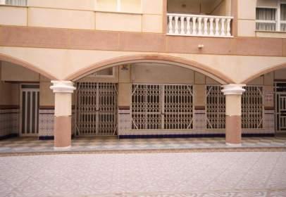 Commercial space in calle del Tiburón