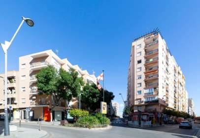 Flat in calle Cardenal Herrera Oria