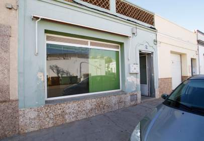 Commercial space in Montijo