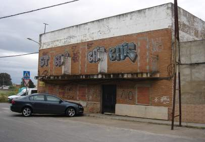 Building in San Fernando-Estación