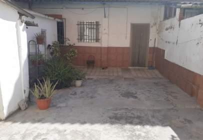 Piso en Carrer de Isaac Peral, cerca de Calle de Mendizábal