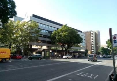 Local comercial en calle de Luis Montoto, cerca de Calle Alonso Carrillo