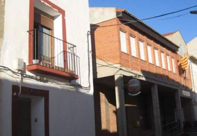 Casa en calle Mayor, cerca de Calle Cura