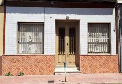 Casa a calle La Paz, nº 61