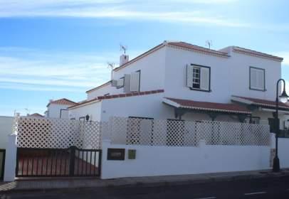 Casa adosada en Faro de Abona
