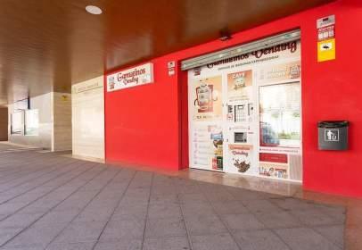 Local comercial a calle Mejorana, 4