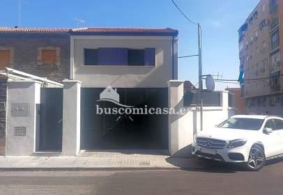 Casa adosada en calle Quijote