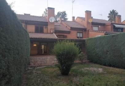 Casa adossada a Monterrozas