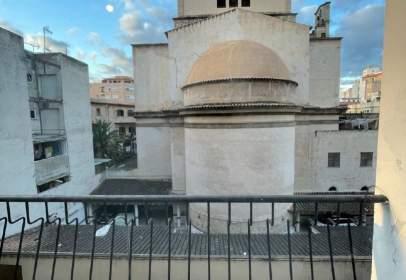 Pis a Carrer d'Antoni Ribàs, 16, prop de Carrer de Tomàs Forteza