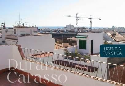 Penthouse in calle Mare de Deu del Pilar