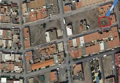 Land in calle Ignacio de Zuloaga