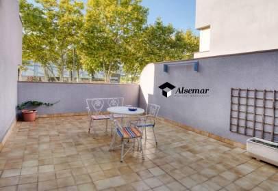 Apartamento en Avinguda de Madrid, cerca de Carrer de València