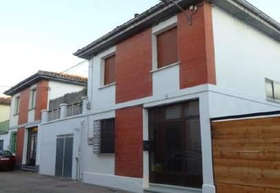 Terraced house in calle de Selvaondoa