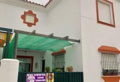 Terraced house in calle Borba