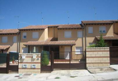 Terraced house in Los Balbases