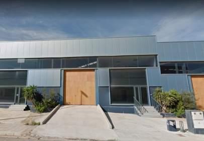 Nau industrial a calle Faro Del Estacio, 9