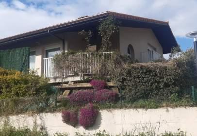 House in Villasana de Mena