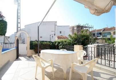 Terraced house in Carrer de Alicante, nº 76